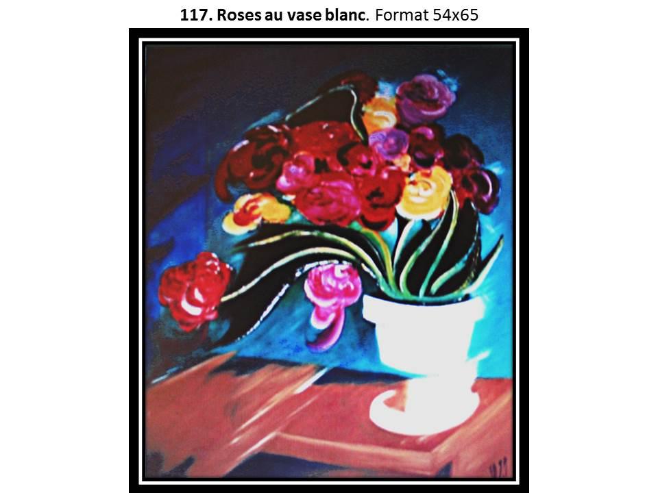 117 roses au vase blanc